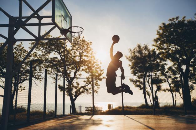 การเล่นกีฬาจะช่วยให้ร่างกายแข็งแรงขึ้น